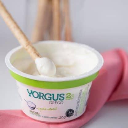Iogurte tipo Grego Natural 2% Gordura Yorgus