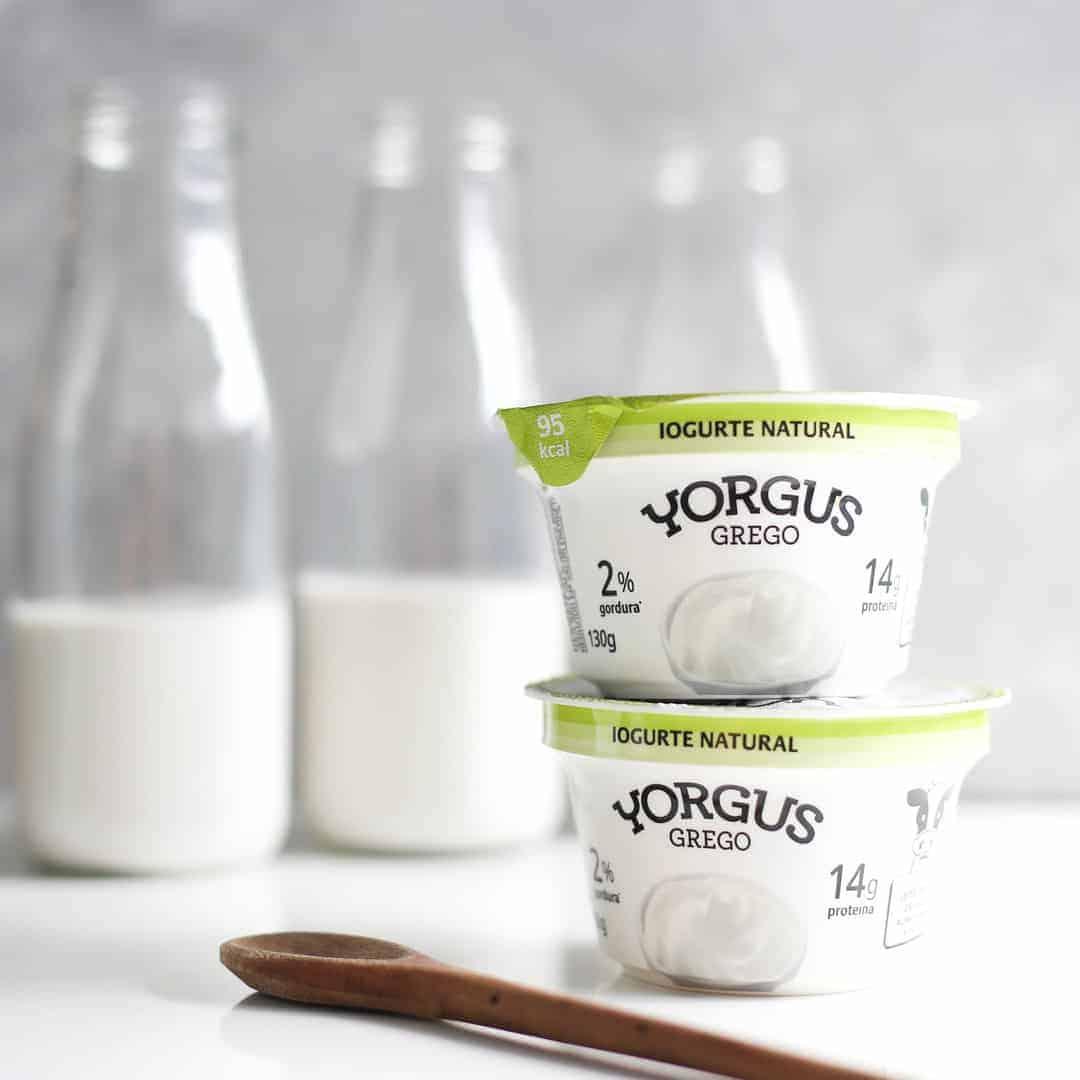Cada pote de Yorgus contribui com 12% das necessidades diárias de cálcio.